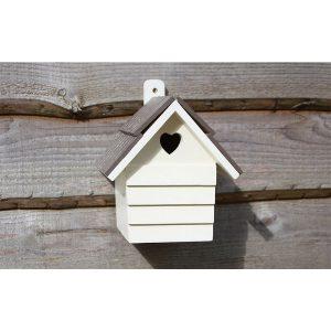 heart bird nest box
